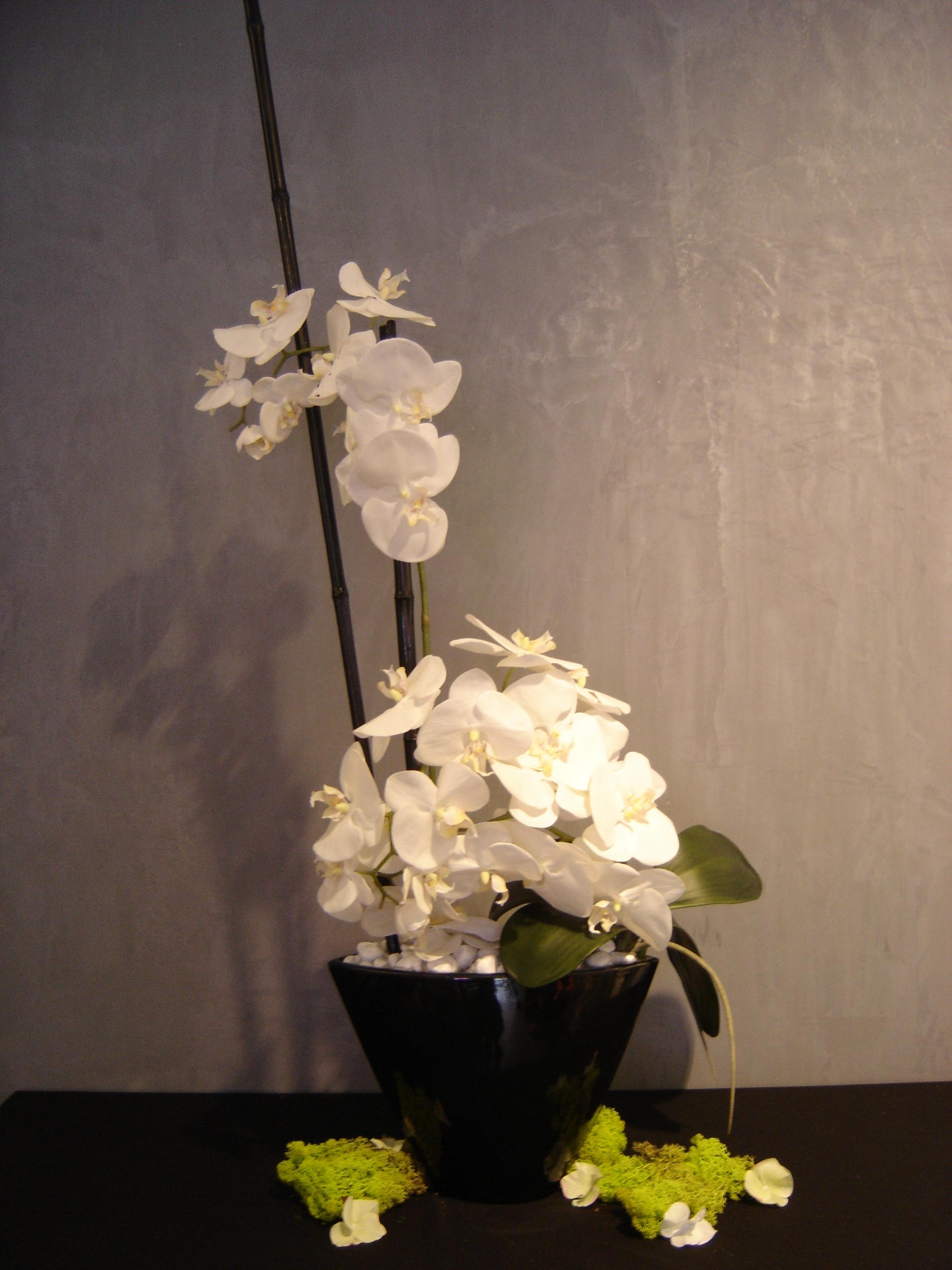 composition florale artificielle haut de gamme